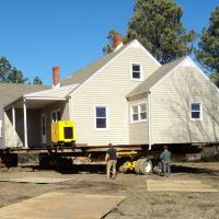 House move in Alton, VA